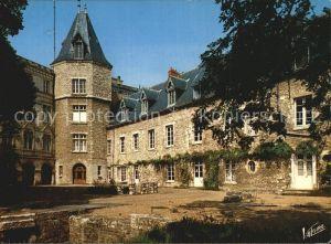 Montargis Loiret Cour interieure du chateau Schlosshof Kat. Montargis