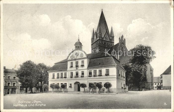 Goleniow Rathaus und Kirche /  /