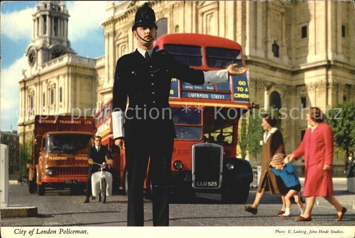 Polizei Policeman London  Kat. Polizei