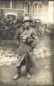 Militaria Gasmaske Soldat Stahlhelm WK1