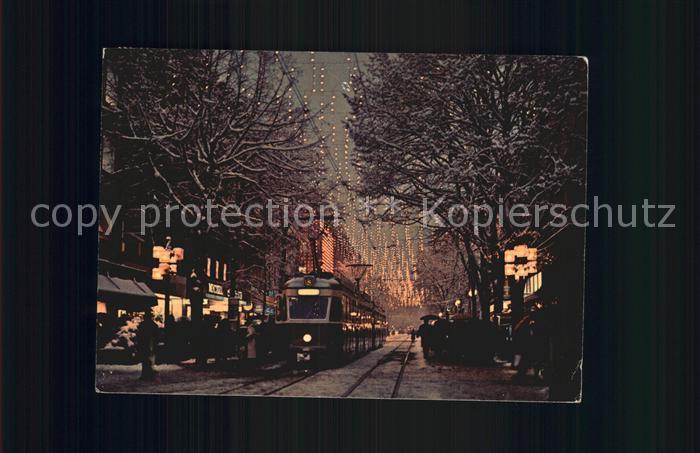 Strassenbahn Zuerich Bahnhofstrasse mit Weihnachtsbeleuchtung  Kat. Strassenbahn