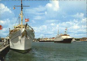 Schiffe Frederikshavn Dannebrog og Peder Wessel Kat. Schiffe