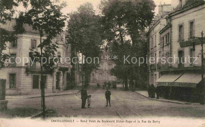 Chatellerault Rond Point Boulevard Victor Hugo Rue du Berry Kat. Chatellerault