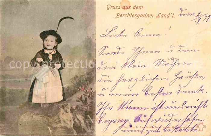 Berchtesgaden Kind in Tracht Kat. Berchtesgaden