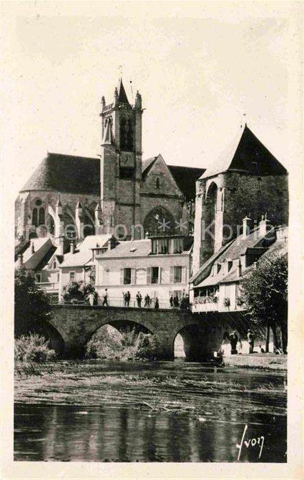 Moret sur Loing Maison Sauve Porte de Bourgogne et l Eglise Kat. Moret sur Loing