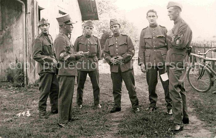 Militaria Schweiz Soldaten  Kat. Militaria