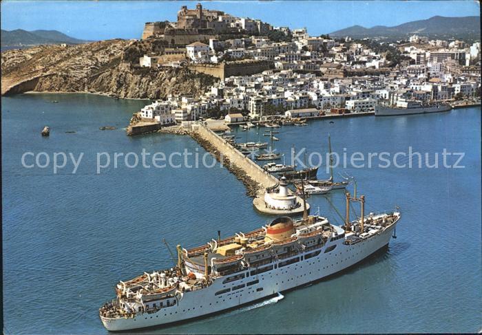 AK / Ansichtskarte Ibiza Islas Baleares Dampfer Faehre Hafen Fliegeraufnahme Kat. Ibiza