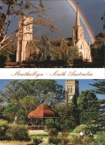 AK / Ansichtskarte Strathalbyn St Andrews Church Rainbow Band Rotunda Soldiers Memorial Gardens St Andrews Tower
