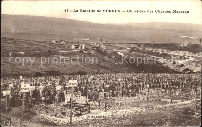 AK / Ansichtskarte Verdun Meuse La Bataille de Verdun Cimetiere des Citernes Marceau Kat. Verdun