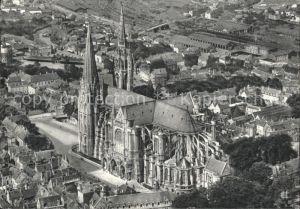 AK / Ansichtskarte Chartres Eure et Loir La Cathedrale vue aerienne Kat. Chartres