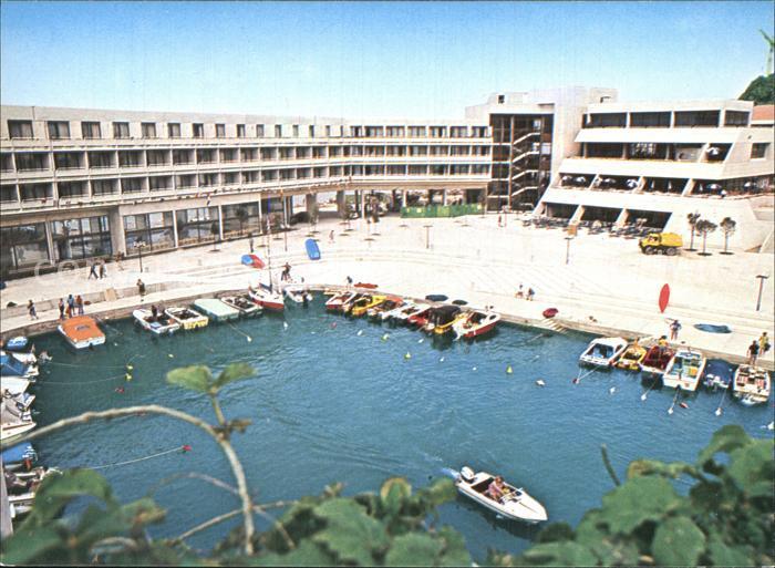 AK / Ansichtskarte Bernardin Hotel Naselje Hafen