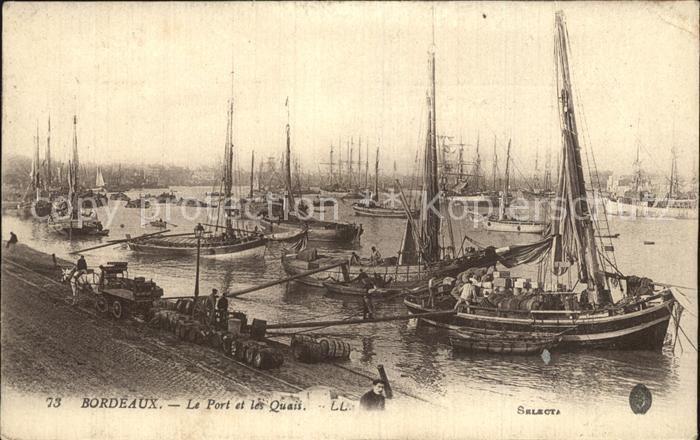 AK / Ansichtskarte Bordeaux Le Port et les Quais Bateaux Kat. Bordeaux