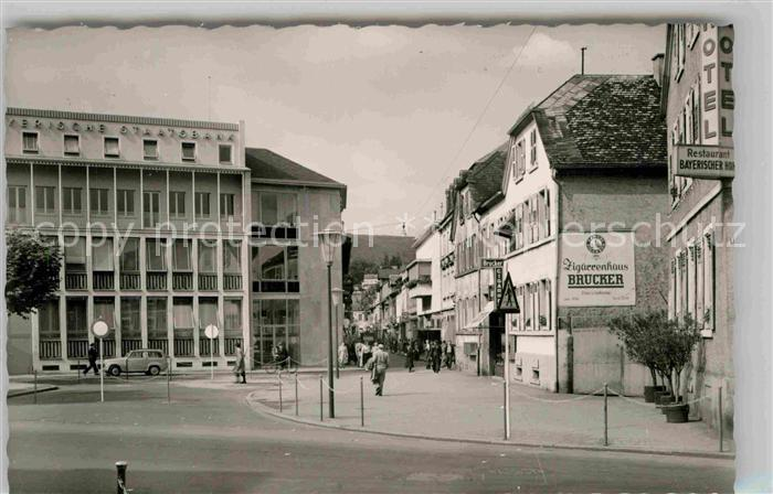 AK / Ansichtskarte Neustadt Weinstrasse Bayerische Staatsbank mit Blick in die Friedrichstrasse Kat. Neustadt an der Weinstr.