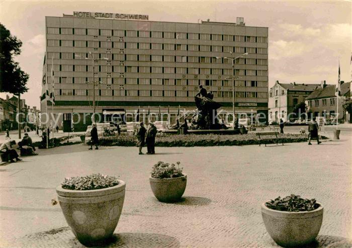 AK / Ansichtskarte Schwerin Mecklenburg Hotel Stadt Schwerin  Kat. Schwerin