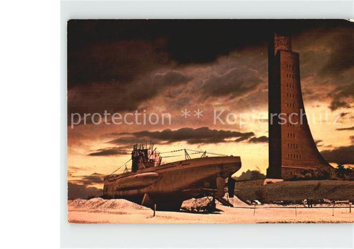 AK / Ansichtskarte Laboe Marine Ehrenmal U Boot Technisches Museum Kat. Laboe