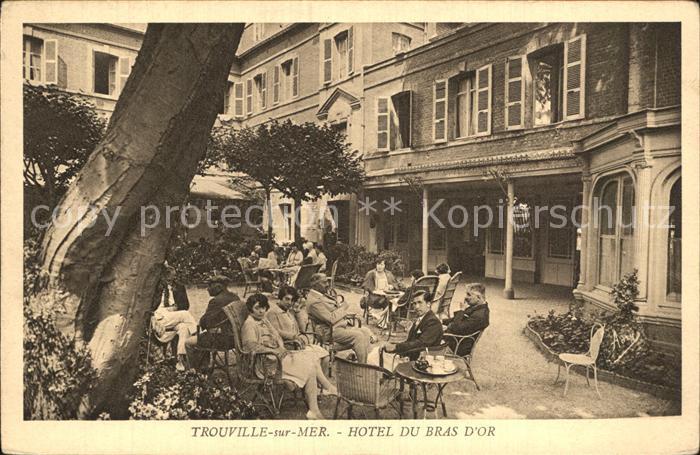 AK / Ansichtskarte Trouville sur Mer Hotel du Bras d Or Jardin Kat. Trouville sur Mer