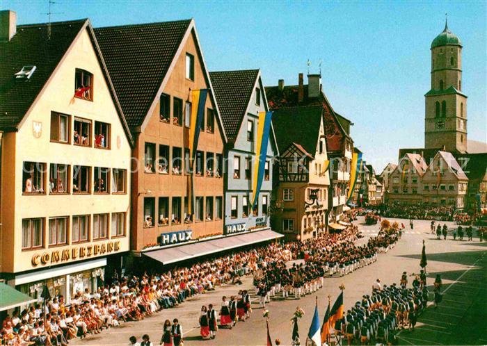 AK / Ansichtskarte Biberach Riss Schuetzen Festzug Marktplatz Kat. Biberach an der Riss