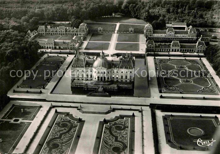 AK / Ansichtskarte Maincy Vaux le Vicomte Fliegeraufnahme Chateau  Kat. Maincy