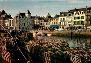 AK / Ansichtskarte Le Croisic Les casiers de peche et le port Collection La Bretagne en couleurs Kat. Le Croisic