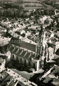 AK / Ansichtskarte Bourg en Bresse Eglise Notre Dame vue aerienne Kat. Bourg en Bresse