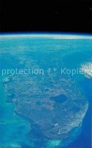 AK / Ansichtskarte Raumfahrt Kennedy Space Center Florida Outline Outer Space  Kat. Flug