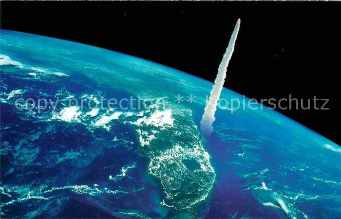 AK / Ansichtskarte Raumfahrt Kennedy Space Center Florida Shuttle launching East Coast  Kat. Flug