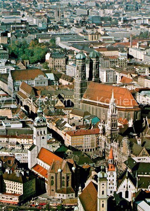 AK / Ansichtskarte Muenchen Fliegeraufnahme Peterskirche Frauenkirche Rathaus  Kat. Muenchen