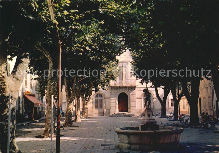 AK / Ansichtskarte Collobrieres Place de la Mairie Kat. Collobrieres