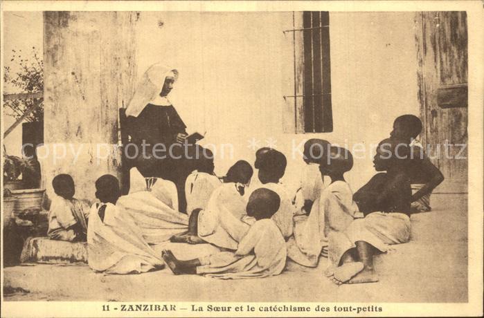 AK / Ansichtskarte Zanzibar La Soeur et le catechisme des tout petits Kat. Zanzibar