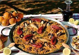 AK / Ansichtskarte Lebensmittel Paella Valenciana  Kat. Lebensmittel