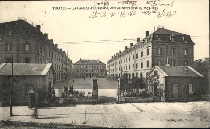 Troyes Caserne Infanterie Beurnonville x