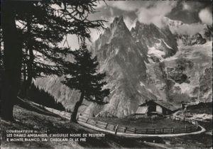 Courmayeur Courmayeur Les Dames Anglaises L Aiguille Noire de Peuterey Monte Bianco Casolari  x / Italien /Italien