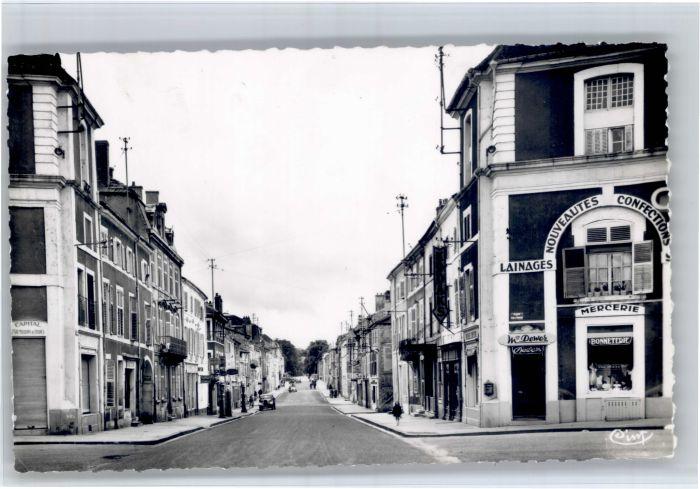 AK / Ansichtskarte Commercy Commercy Meuse Rue Carnot * /  /