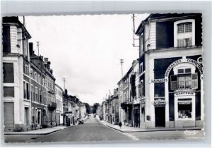 AK / Ansichtskarte Commercy Commercy Meuse Rue Carnot * /  /