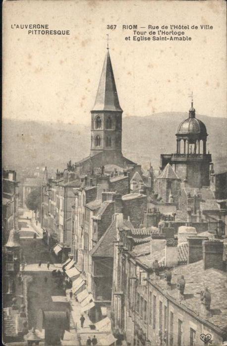 Riom Rue de Hotel de Ville Eglise Saint Amable *