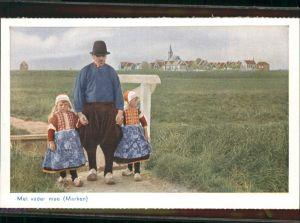 AK / Ansichtskarte Marken Met vader mee / Niederlande /Niederlande