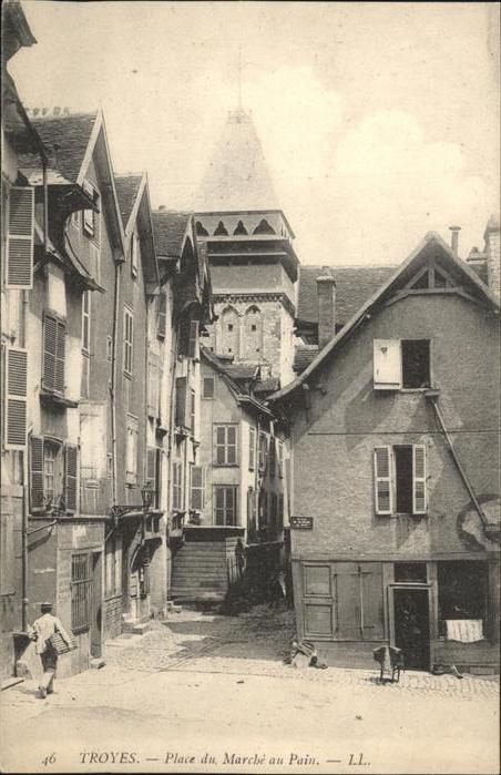 Troyes Place du Marche au Pain Kat. Troyes