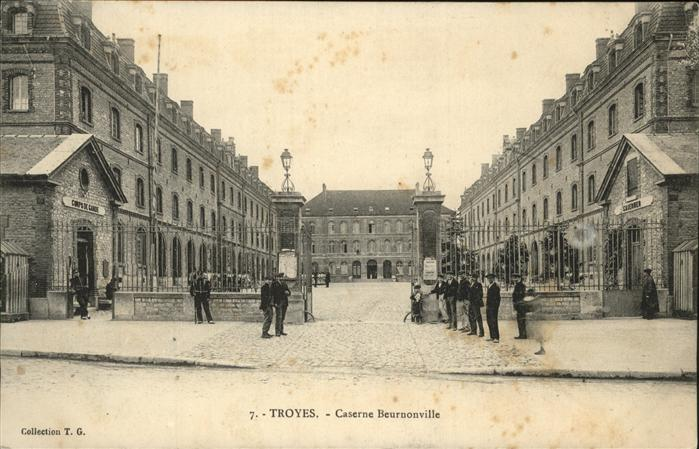 Troyes Caserne Beurnonville Kat. Troyes