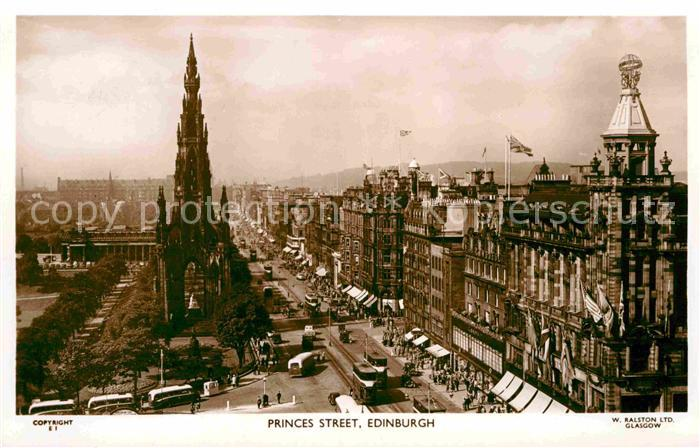 AK / Ansichtskarte Edinburgh Princess Street Kat. Edinburgh