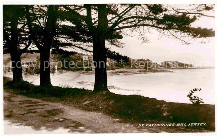 AK / Ansichtskarte Jersey St Catherines Bay Kat. Jersey