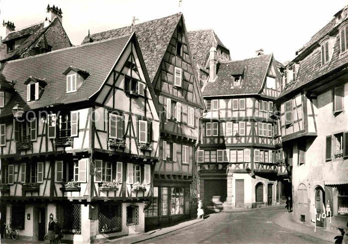 AK / Ansichtskarte Colmar Haut Rhin Elsass Vieilles maisons Rue des Marchands Fachwerkhaeuser Kat. Colmar