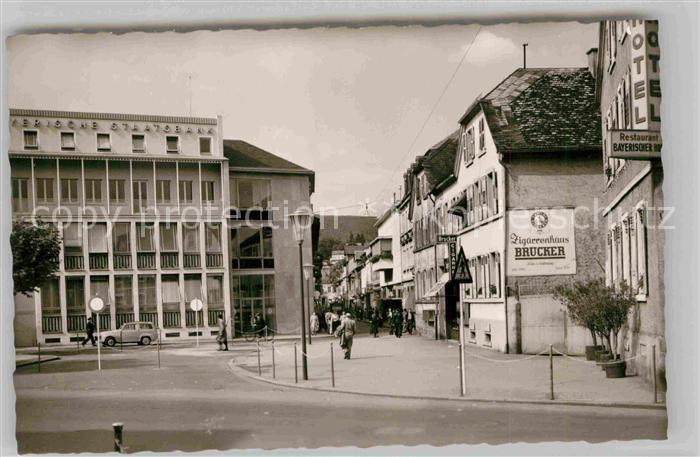 AK / Ansichtskarte Neustadt Weinstrasse Bayerische Staatsbank mit Friedrichstrasse Kat. Neustadt an der Weinstr.