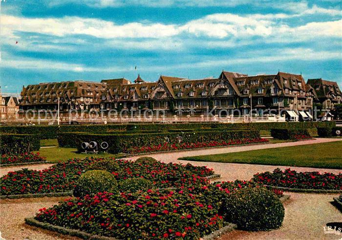 AK / Ansichtskarte Deauville Trouville Le Normandy Hotel Kat. Deauville