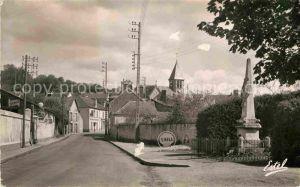 AK / Ansichtskarte Dampierre en Yvelines La Grande Rue Eglise Monument Kat. Dampierre en Yvelines
