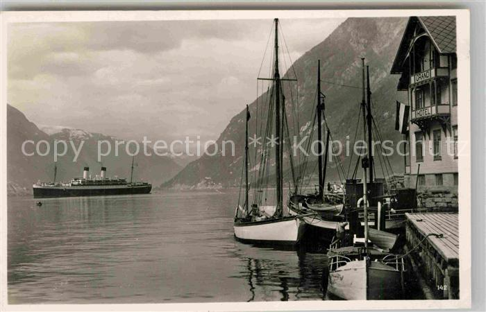 AK / Ansichtskarte Hardangerfjord Hafen Kat.