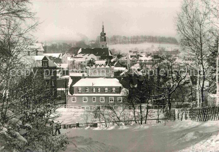 AK / Ansichtskarte Thum Erzgebirge Ortspartie im Winter Kat. Thum Erzgebirge