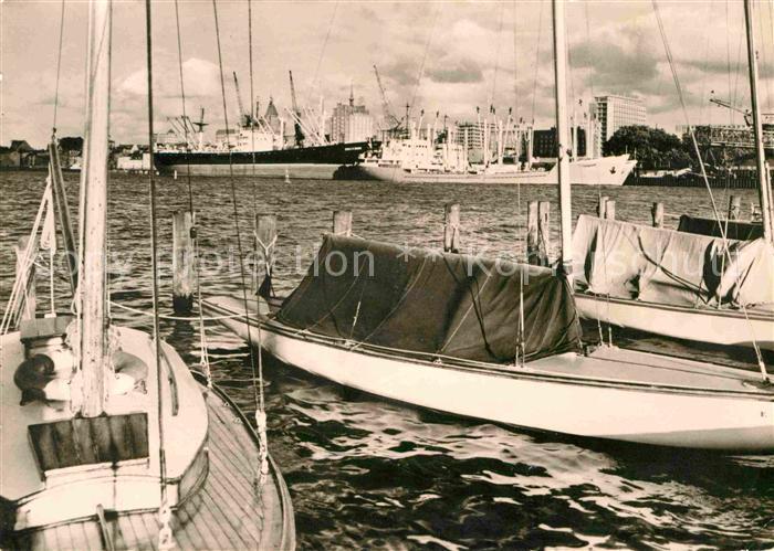 AK / Ansichtskarte Rostock Mecklenburg Vorpommern Blick zum alten Hafen Kat. Rostock