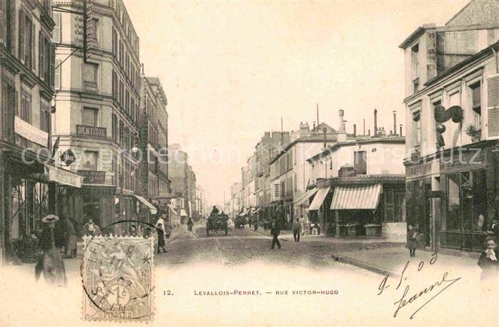 AK / Ansichtskarte Levallois Perret Rue Victor Hugo Kat. Levallois Perret