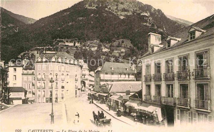 AK / Ansichtskarte Cauterets Place de la Mairie Kat. Cauterets