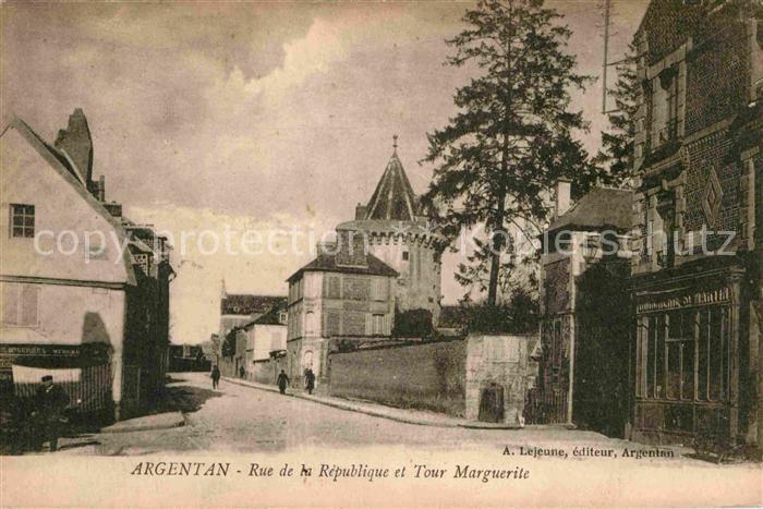 AK / Ansichtskarte Argentan Rue de la Republique et Tour Marguerite Kat. Argentan